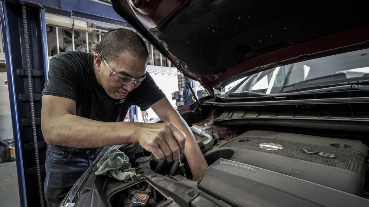 How to repair a car with manuals Autodoc Club