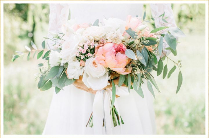 Decorating your Home with Flowers for the Wedding